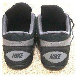 Nike Shoes - Men's Nikes size 11. Like new.